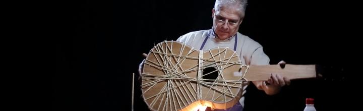 ¿Cómo se fabrica una guitarra española?